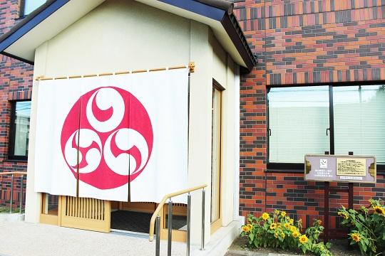 創業明治二十四年の福山醸造の直売所。限定の商品など『ここでしか買えない』こだわり商品が満載です